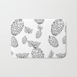 Hops pattern with leafs Bath Mat