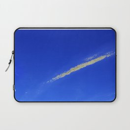 Flash of gold in the sky Laptop Sleeve