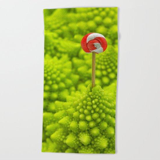 Romanesco Lollipop Beach Towel