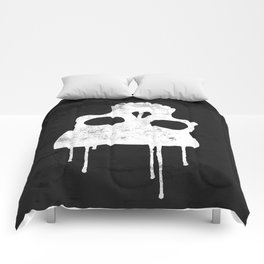 GRUNGE BACKGROUND WITH SKULL Comforters