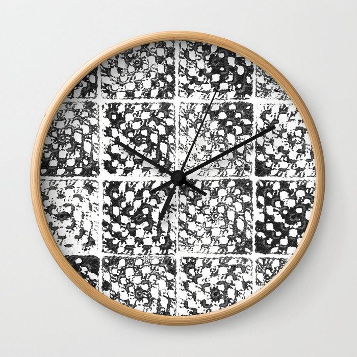 Crochet Impressions: GRANNY Wall Clock