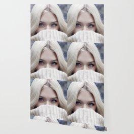 blonde girl eyes Wallpaper