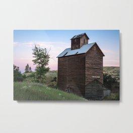 Abandoned Grain Silo in Oregon Metal Print