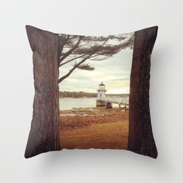 Doubling Point - Maine Lighthouse Throw Pillow