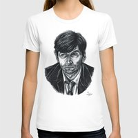 david tennant T-shirts featuring David Tennant as Broadchurch's Alec Hardy (or Gracepoint's Emmett Carver) (Graphite) Portrait  by ieIndigoEast