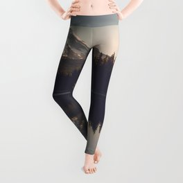 Trillium Adventure Begins - Nature Photography Leggings
