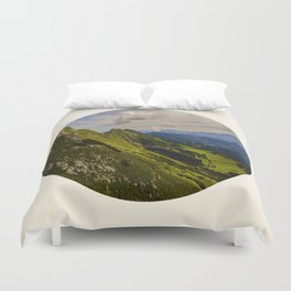 Green Musical Mountains Round Photo Frame Duvet Cover
