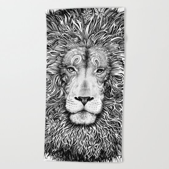 king of the jungle Beach Towel
