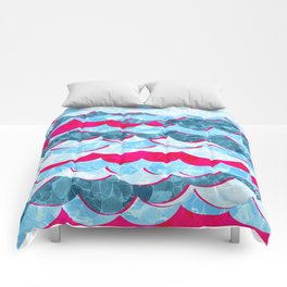 Abstract Sea Waves Design Comforters