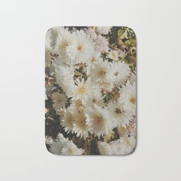 Beautiful chrysanthemums print Bath Mat