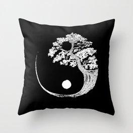 Yin Yang Bonsai Tree Japanese Buddhist Zen T-Shirt Throw Pillow