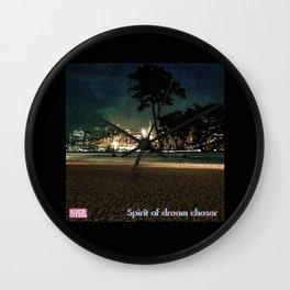 INVSBL: spirit of dream chaser Wall Clock