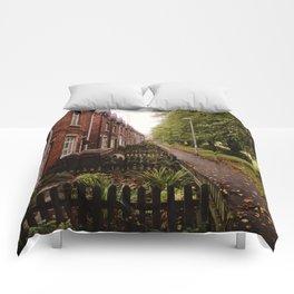 HOUSE ROW. Comforters