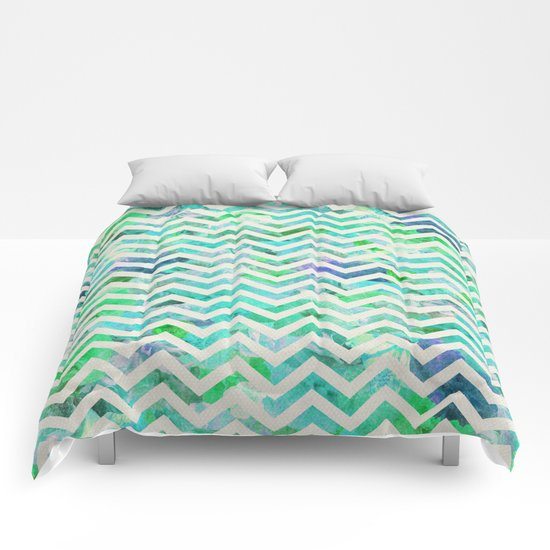 GREEN FLORAL CHEVRON Comforters