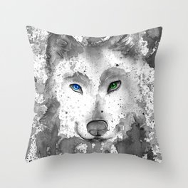 black and white : wolf Throw Pillow