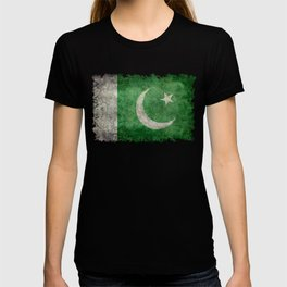 Flag of Pakistan, grungy retro style T-shirt