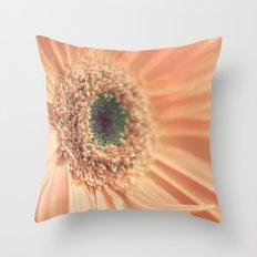 daisy 011 Throw Pillow