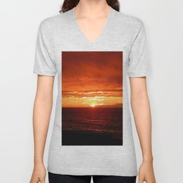 Sun Sets on the Mighty Saint-Lawrence Unisex V-Neck