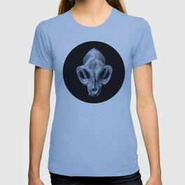 Feline Calvariae Locus I T-shirt