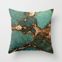 IZZIPIXX - EMERALD AND GOLD Throw Pillow