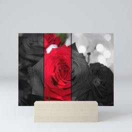 Bouquet de Roses Rouge Mini Art Print
