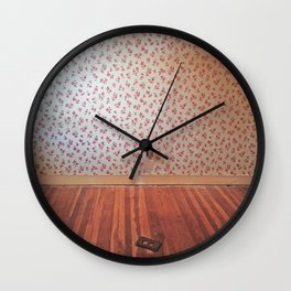 Uncovering the Roses Wall Clock
