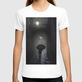 Night walk in the rain T-shirt
