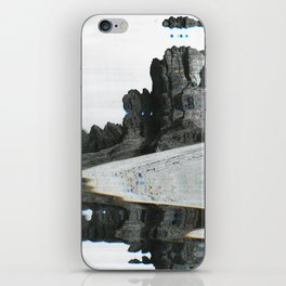 U̸n͞t̕it͘led ̷10͘ iPhone Skin