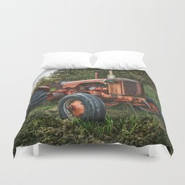 Vintage old red tractor Duvet Cover
