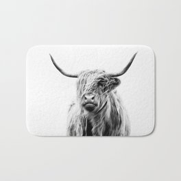 portrait of a highland cow Bath Mat