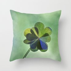 Love in love with love Throw Pillow