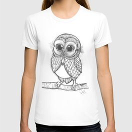 OWL ON THE LOOK OUT.... T-shirt