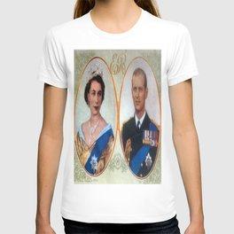 Queen Elizabeth 11 & Prince Philip in 1952 T-shirt