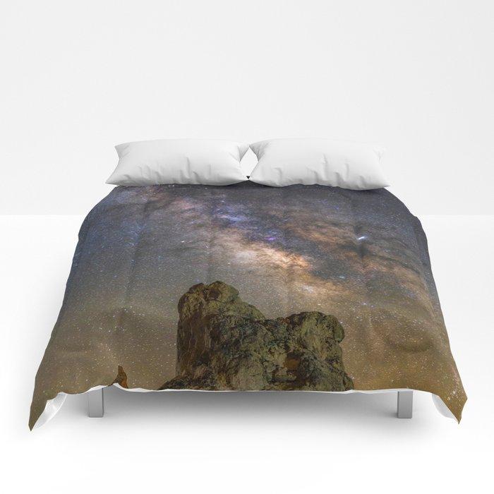 Milky Way over Trona Pinnacles Comforters