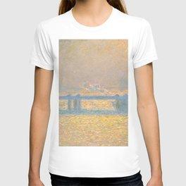 "Claude Monet ""Charing Cross Bridge"" (1900) T-shirt"