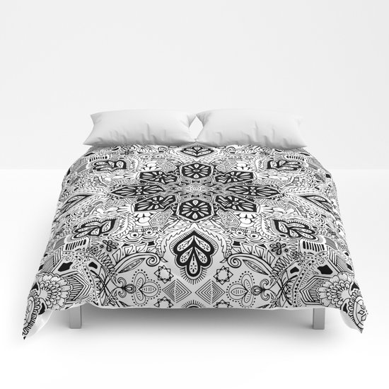 Gypsy Lace in Monochrome Comforters