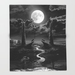 XVIII. The Moon Tarot Card Illustration Throw Blanket