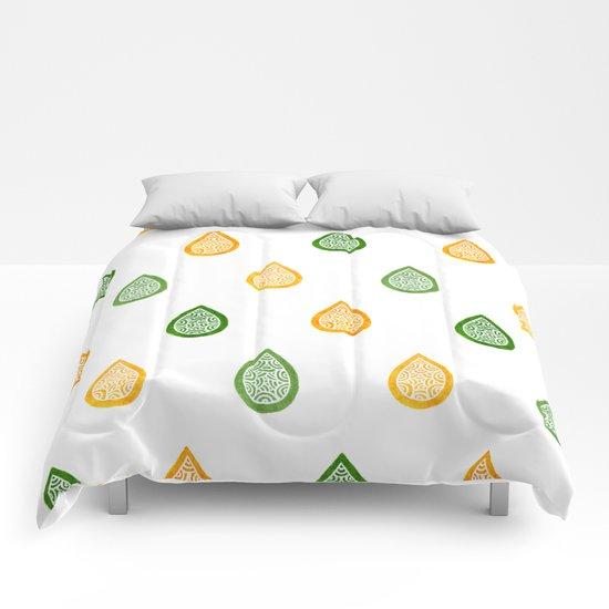Yellow and green raindrops Comforters