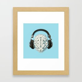 Mind Music Connection /3D render of human brain wearing headphones Gerahmter Kunstdruck