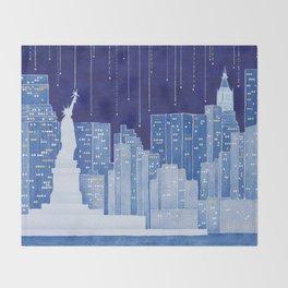 New York, Statue of Liberty Throw Blanket