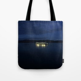Ferry at dusk Tote Bag