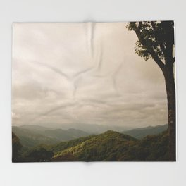 GREAT SMOKIES Throw Blanket