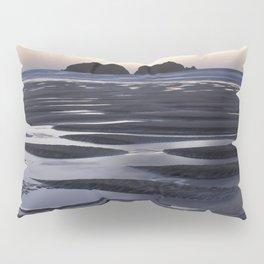 Gull Rock, Holywell Bay, Cornwall, England, United Kingdom Pillow Sham