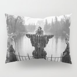 Fountains in Kensington Park of London, England Pillow Sham