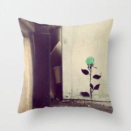 pétales verts Throw Pillow