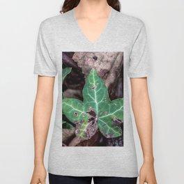 Ivy leaf Unisex V-Neck