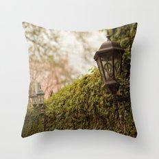 New Orleans - Ivy Garden Wall Throw Pillow