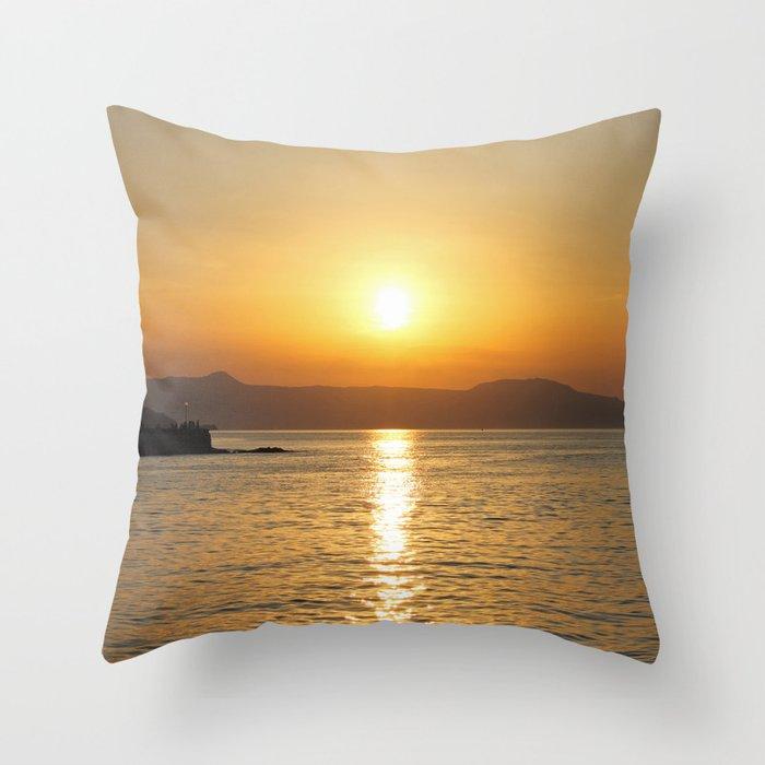 summer feeling Throw Pillow