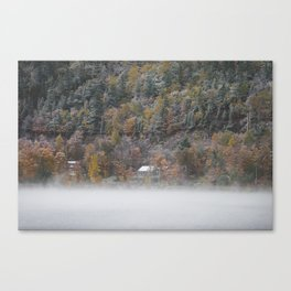 Mont-Orford Cottage Canvas Print