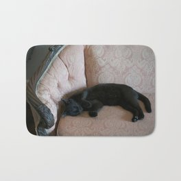 Hemingway's Cat on a Couch Bath Mat